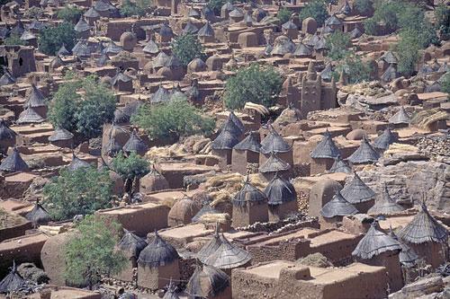 dogon-village-500