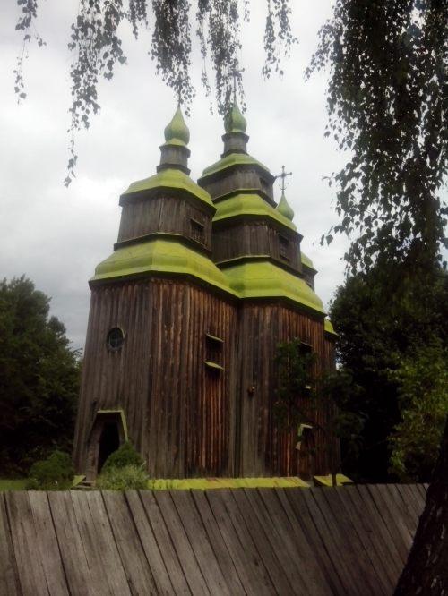 Церква з Трахтемирова (Зарубинці)  у Пирогово